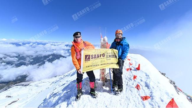 三夫团建-雪上攀登活动