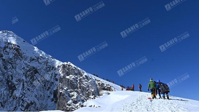 三夫团建-雪山活动