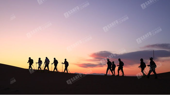 三夫团建-沙漠活动