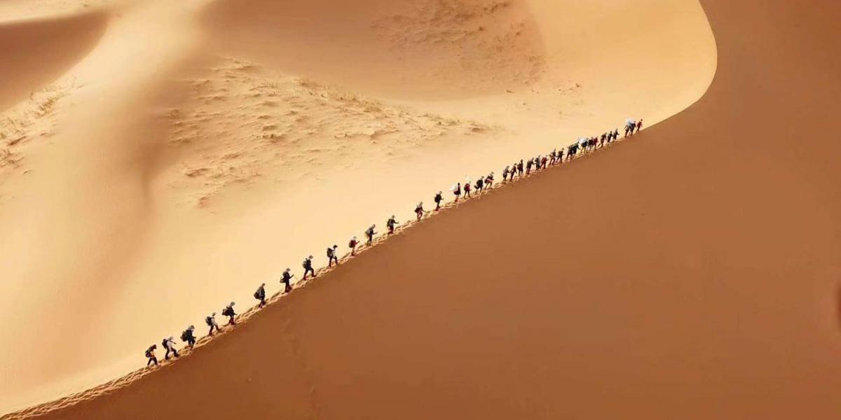 注意!三夫团建告诉你青少年沙漠成长营有哪些好处?