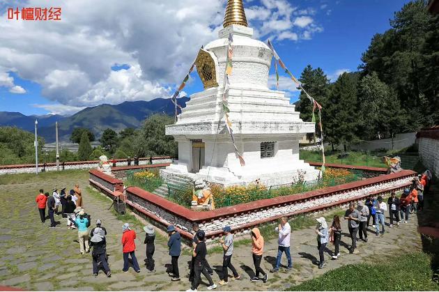 叶檀财经-西藏徒步活动-三夫团建
