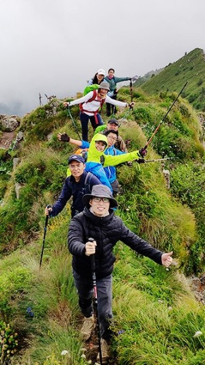 三夫团建-登山团建活动